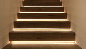 podsvietene schody
